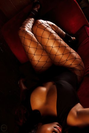 Illiana nuru massage in Boston