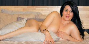 Emelyn live escort in Crestwood, happy ending massage