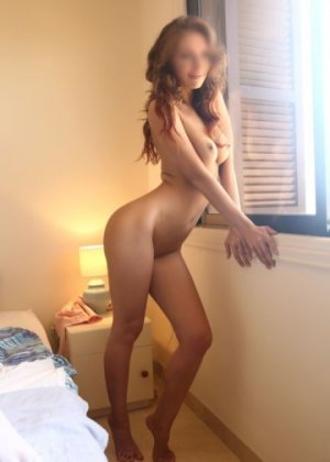 Lisanne nuru massage in Fort Bliss & live escort