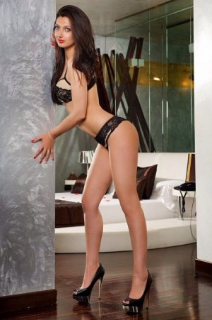 Julita escort girl, massage parlor